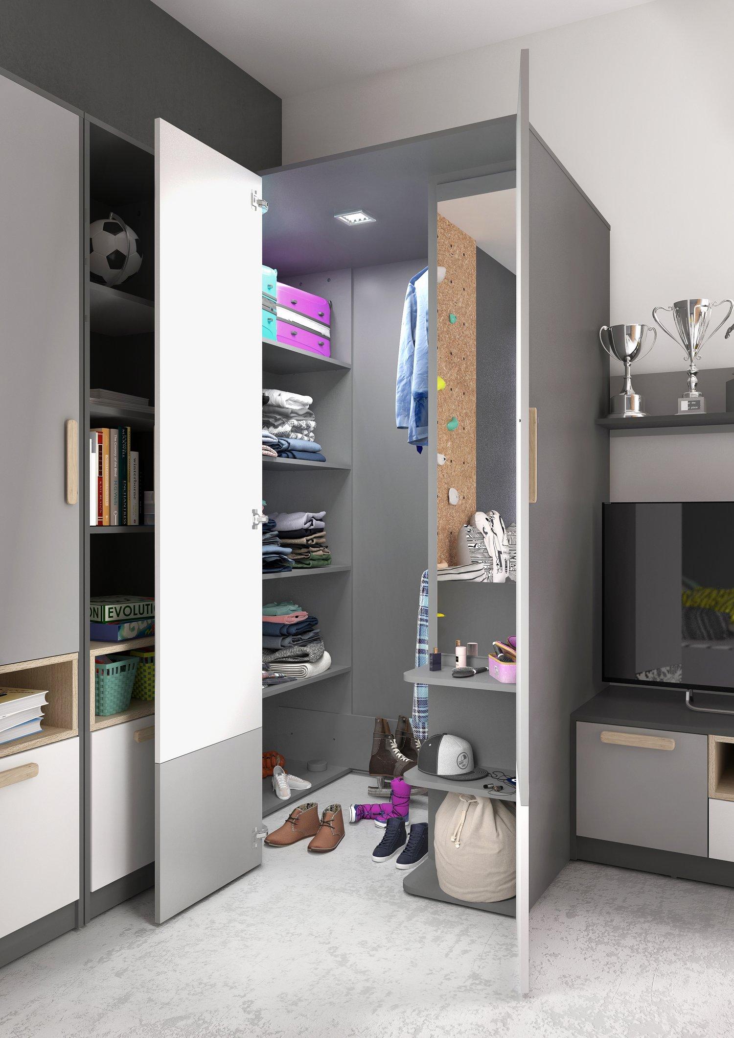 wnętrze szafy garderoby meble POK